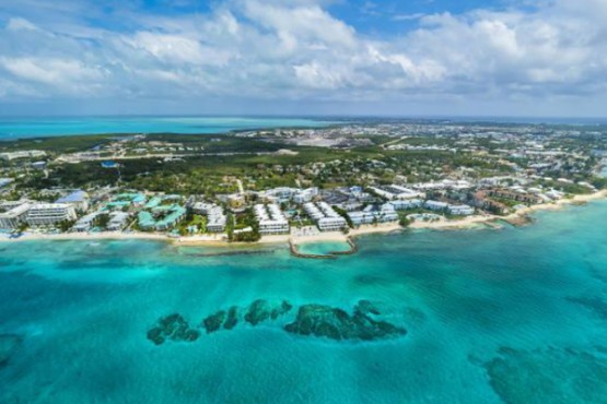 Eight Reasons to Own Cayman Islands Luxury Property