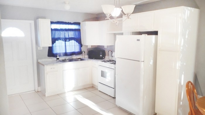 2 Bedroom Home - Sun Valley Drive, Cayman Brac - Image 9