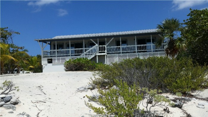 Preston Bay Beach Front House