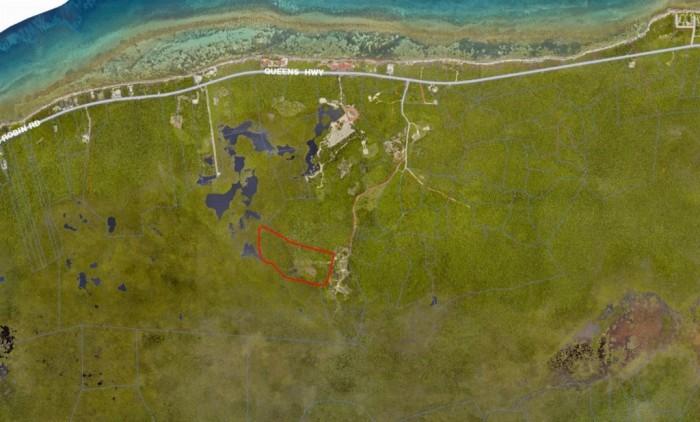 Queen's Highway Inland Acreage - Image 1