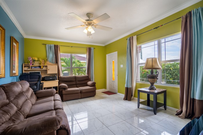 West Bay Single Family Home - Image 1